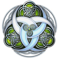 Celtic Triple Crescents - Green