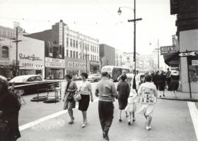 Vintage Downtown - Record Rendezvous