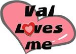 val loves me