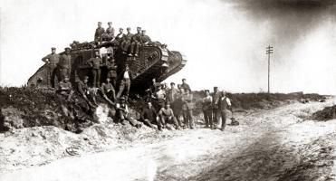 WWI German Soldiers, English Tank