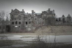 NEW: Haunted Ruins