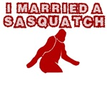 BIGFOOT SHIRT I MARRIED A SASQUATCH T-SHIRT FUNNY