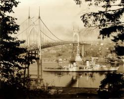 Crusier USS Portland visits Portland Oregon