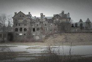 NEW: Haunted Ruins